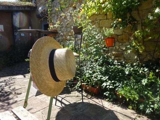 Holiday cottages with private garden